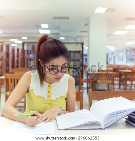 problems of working womens essay Working women face many barriers when out and about in the field here are  some of the biggest challenges faced by working women in.