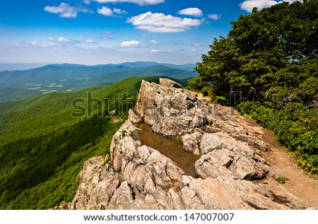 Summer view of the Blue Ridge Mountains from Little Stony Man, along the Appalachian Trail in Shenandoah National Park, Virginia.
