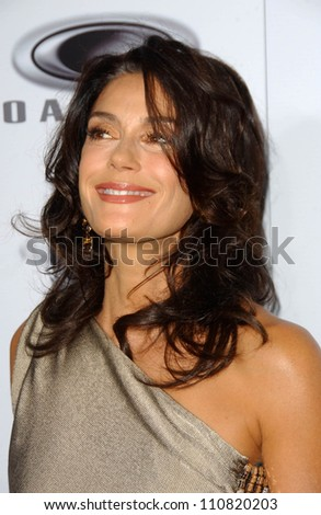 "Teri Hatcher at the Los Angeles Premiere of ""Resurrecting The Champ"". Samuel Goldwyn Theater, Beverly Hills, CA. 08-22-07"