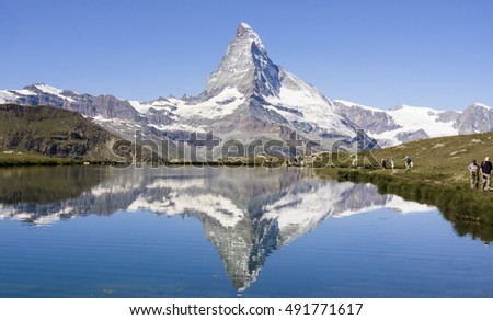 The Matterhorn, reflected in the Stellisee.