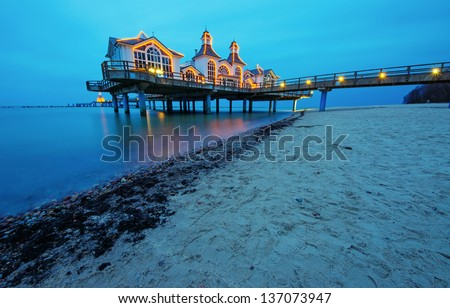 The pier of Sellin at dawn
