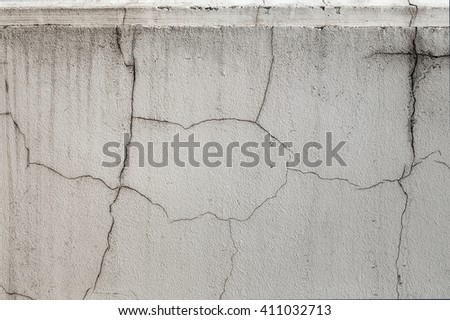 the plastered old wall