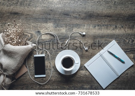 Cup Coffee Coffee Bean Put On Stock Photo 731678773 Shutterstock