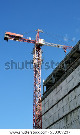 Tower crane on the construction of a new building