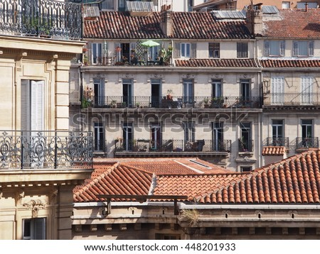 Rain Pouring Off Roof Stock Photo 356200277 Shutterstock