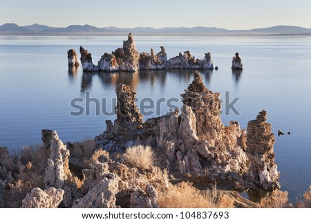 Tufa rock formations at Mono Lake, California, USA