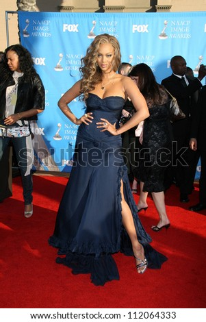 Tyra Banks at the 38th Annual NAACP Image Awards. Shrine Auditorium, Los Angeles, CA. 03-02-07