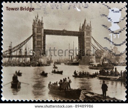 UNITED KINGDOM - CIRCA 2002: A stamp printed in Great Britain shows tower bridge in London, circa 2002