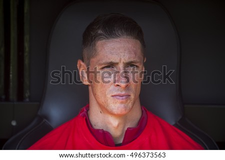VALENCIA, SPAIN - OCTOBER 2: Fernando Torres during BBVA League match between Valencia C.F. and Athletico de Madrid at Mestalla Stadium on October 2, 2015 in Valencia, Spain