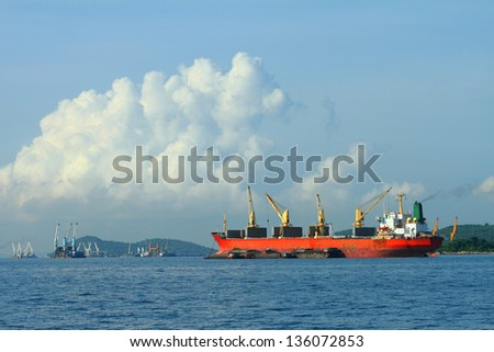 Vessel cargo with crane in the gulf of Thailand.