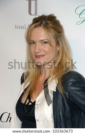 "Victoria Pratt at the ""Across the Hall"" Premiere, Laemmle's Music Hall, Beverly Hills, CA. 12-01-09"