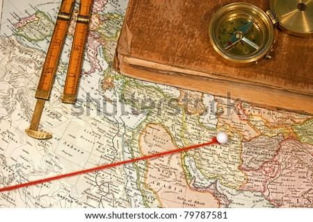 Vintage (1907 copyright - EXPIRED) map with destination string and push pin