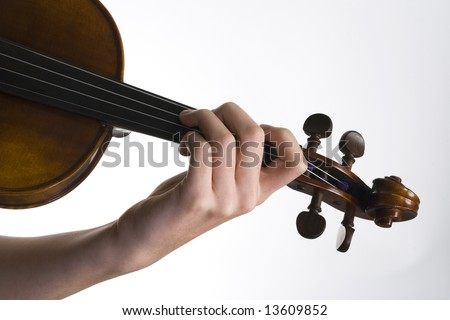 how to hold a violin bow right hand