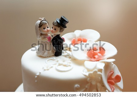 wedding cake dessert with orchids mastic
