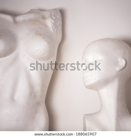 white female mannequin naked and head