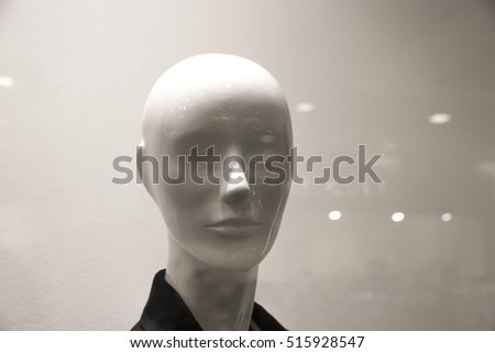 Women's mannequin head for glass shop