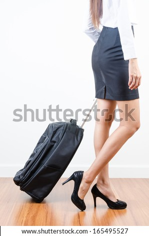 Women walking with her bag