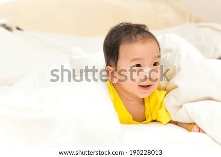 how to take indoor newborn photos
