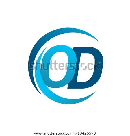 Vector Letter Q Logo Cube Letter Stock Vector 368731820 ...